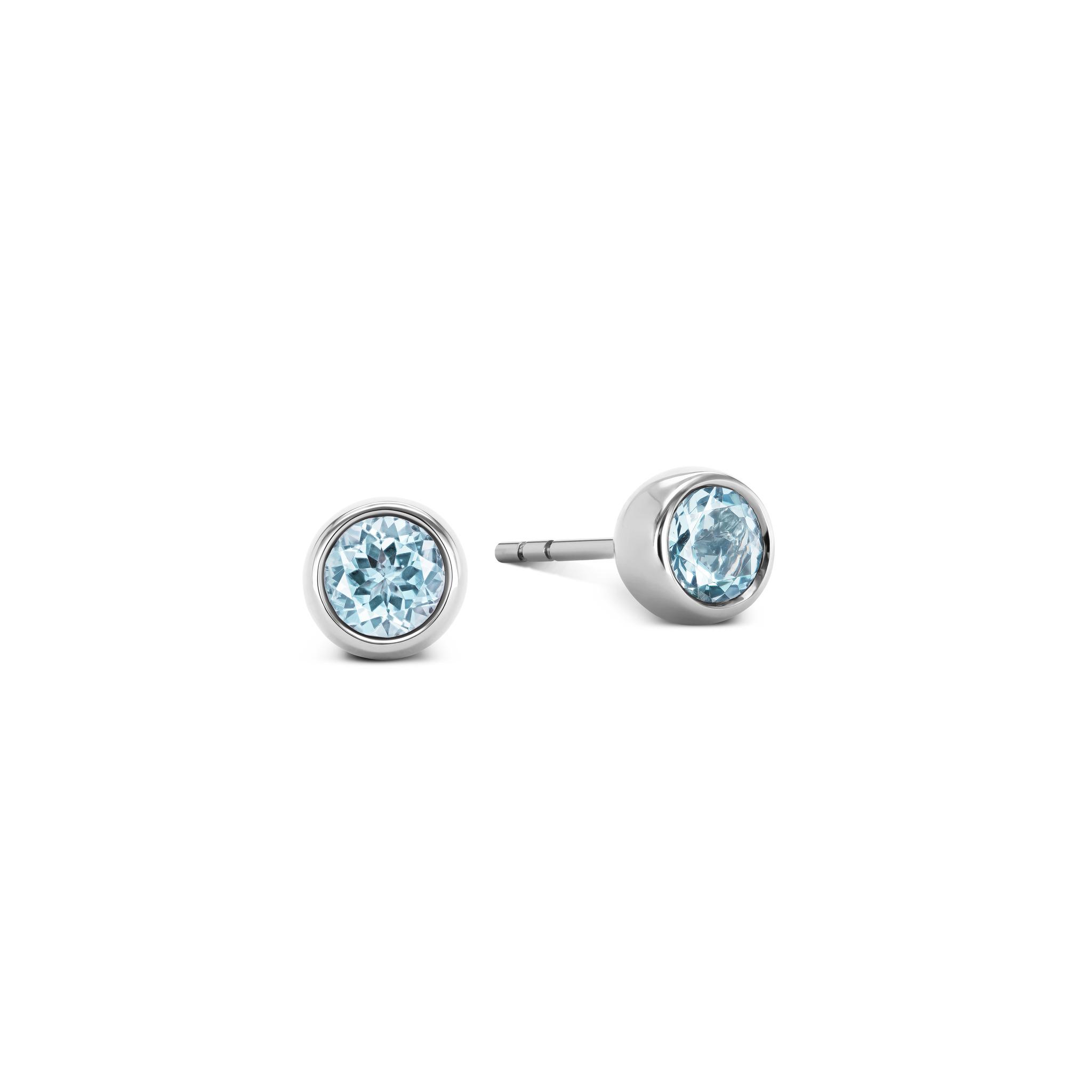 耳环镶嵌海蓝宝石