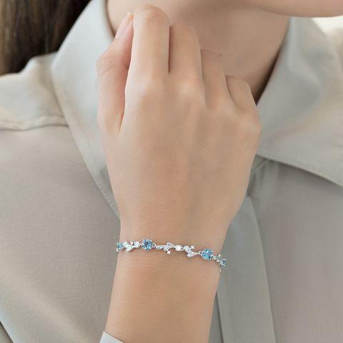 Bracelet with aquamarines