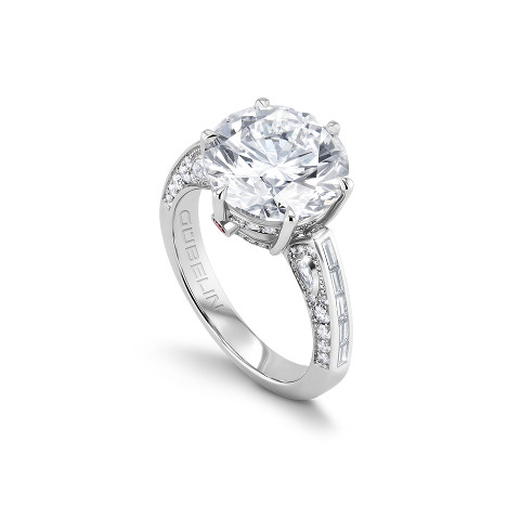 Solitaire ring with diamonds