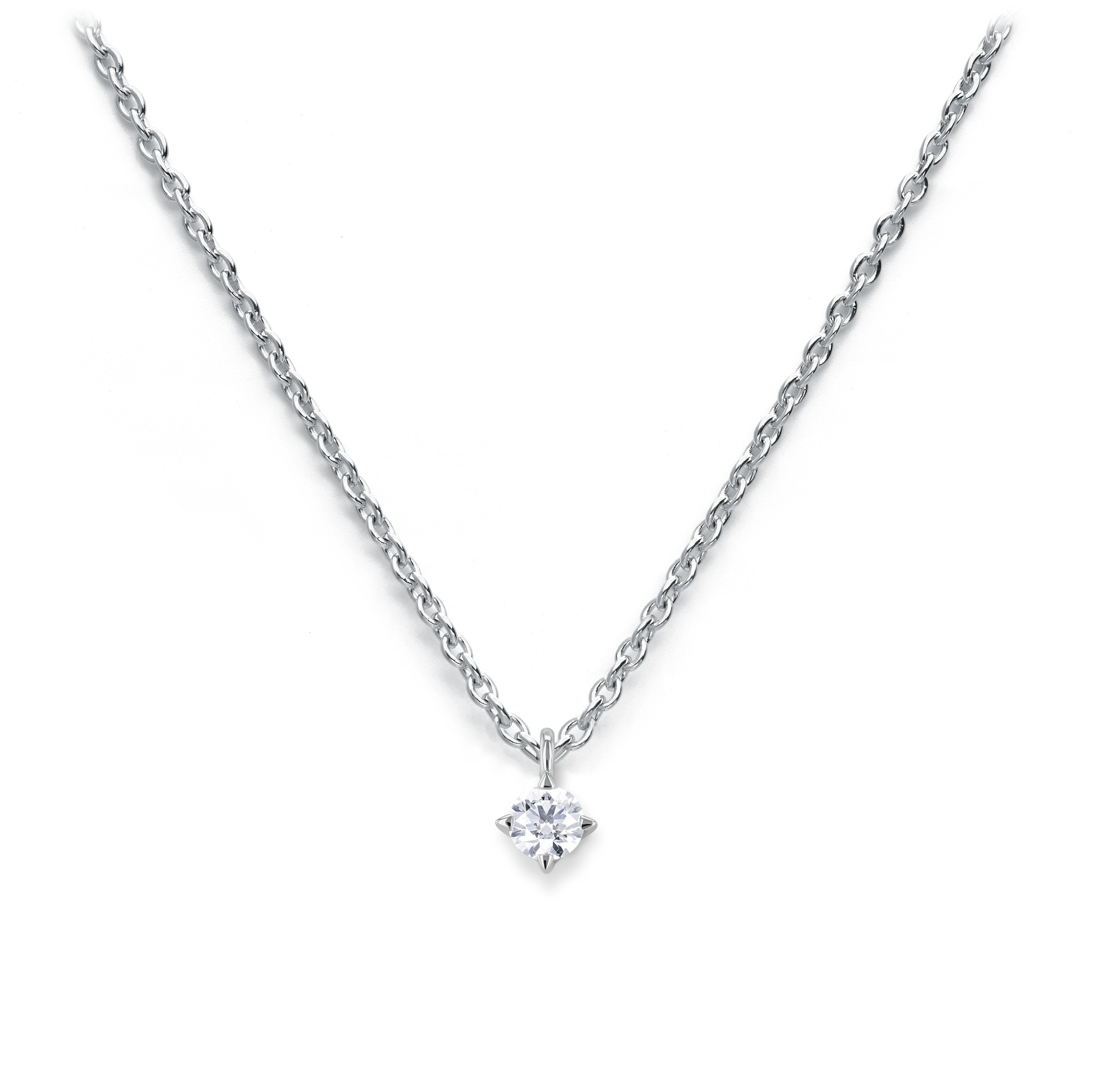 Solitaire necklace with diamond