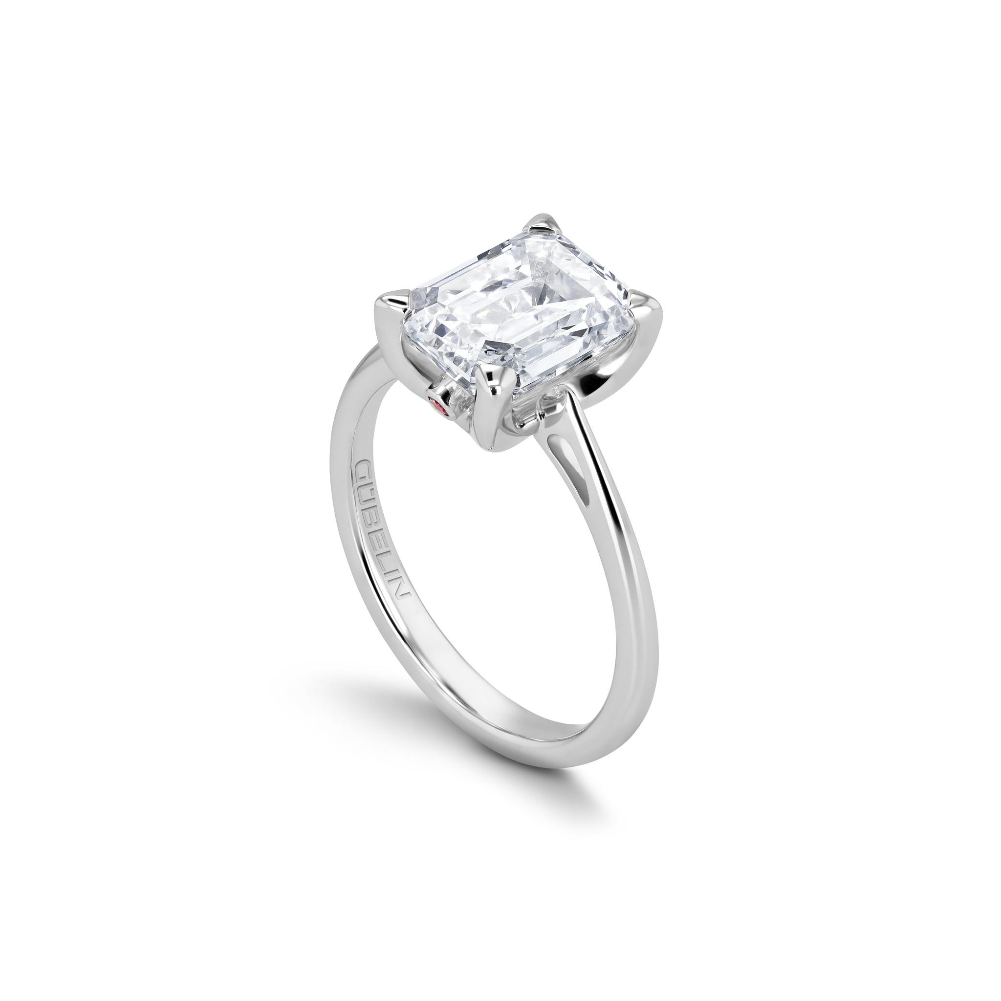 Solitär Ring mit Diamant