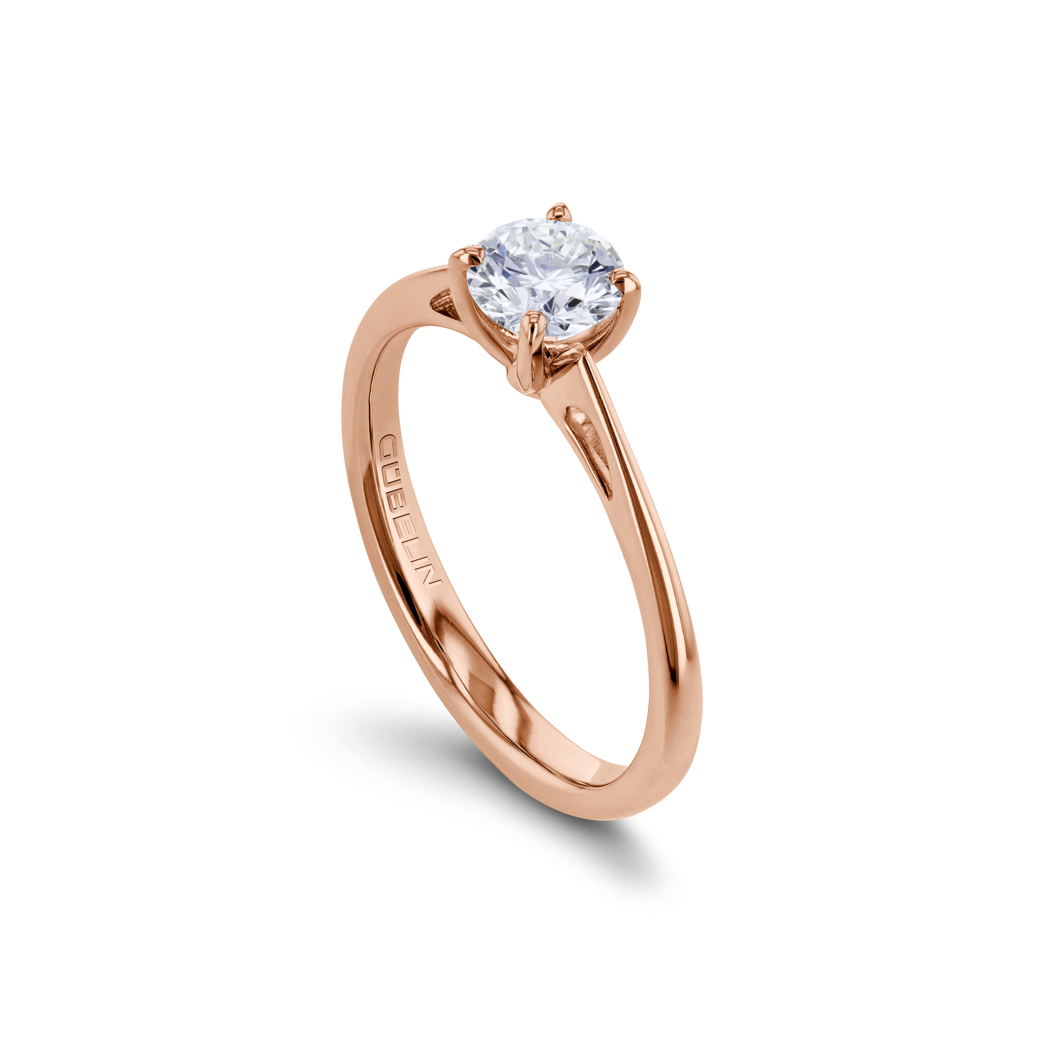 Solitaire ring with diamond