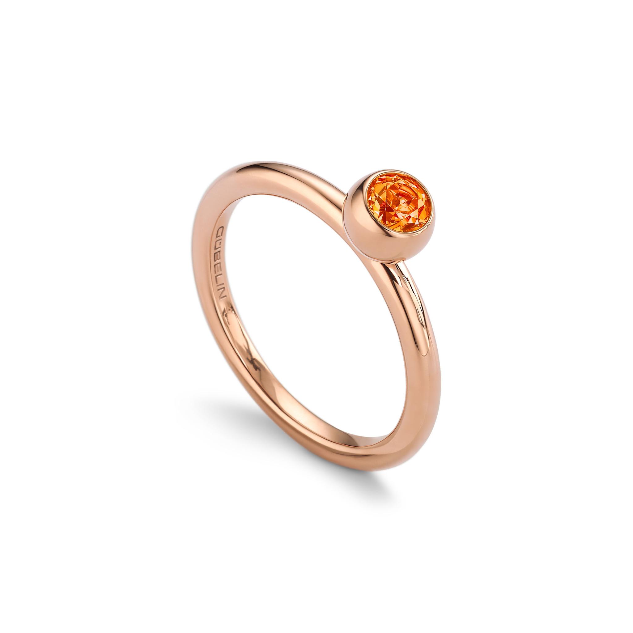 Ring with mandarin garnet