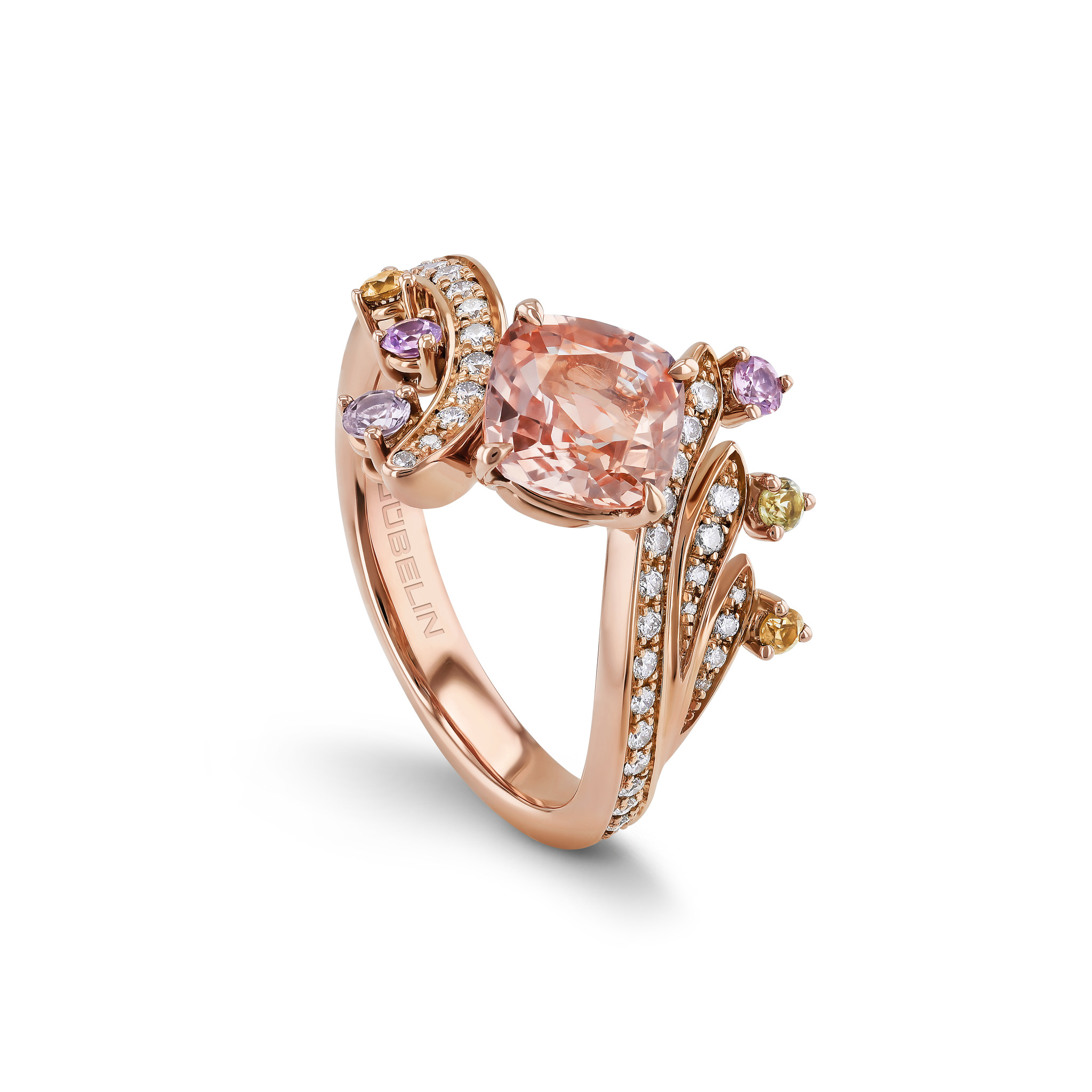Ring with padparadscha sapphire