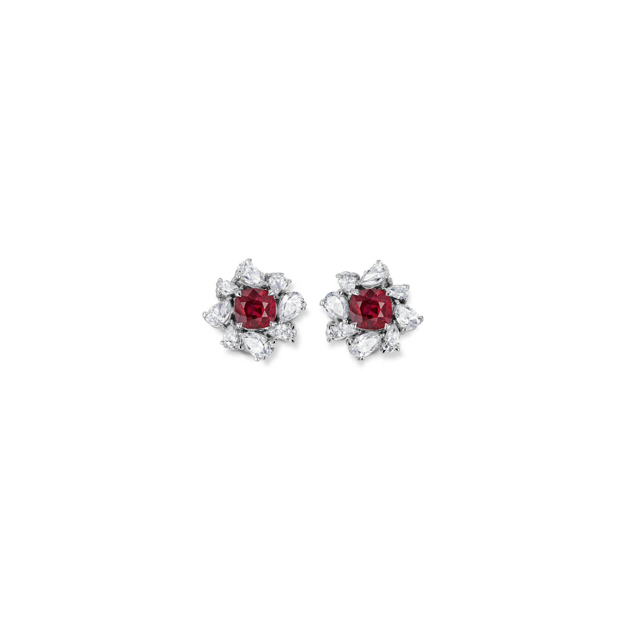 Ohrringe mit Rubinen