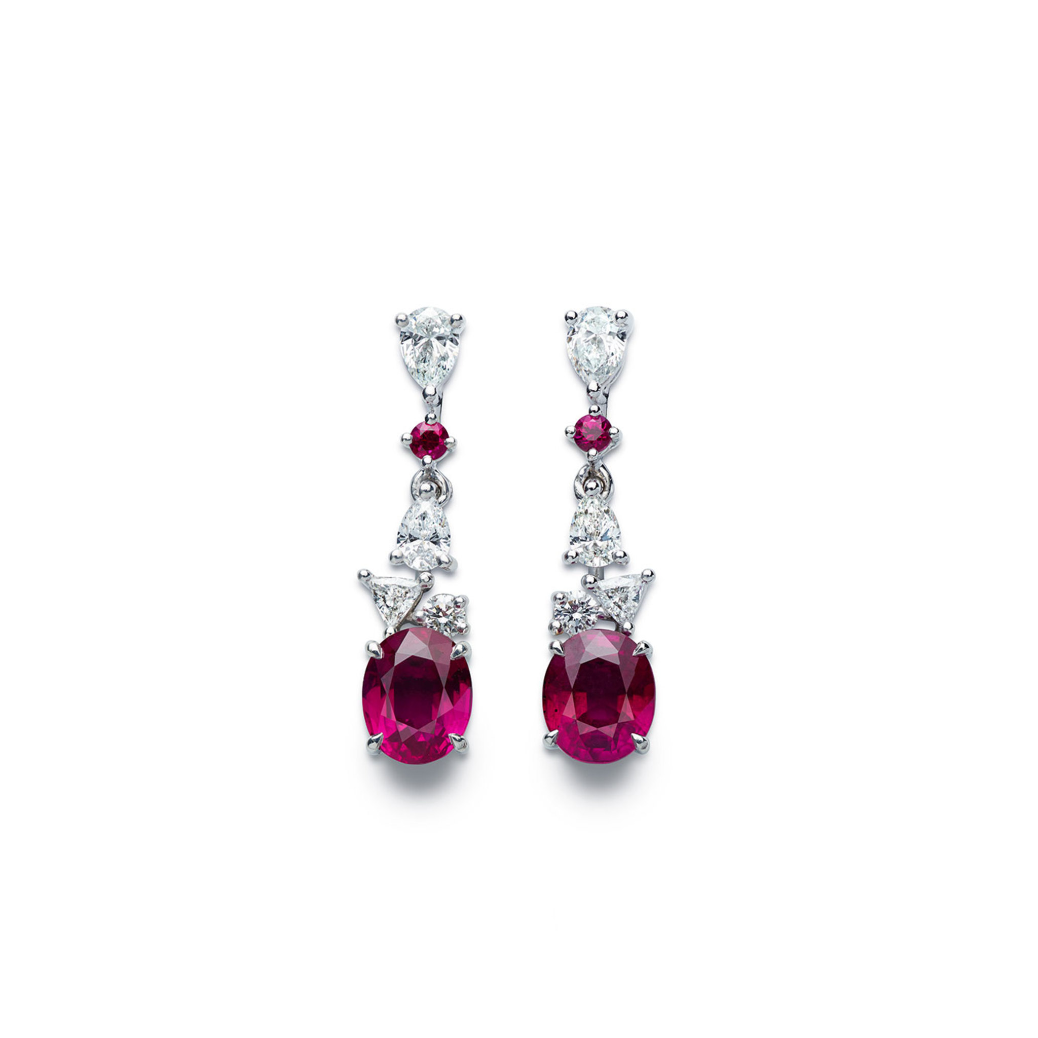 Earrings with rubies