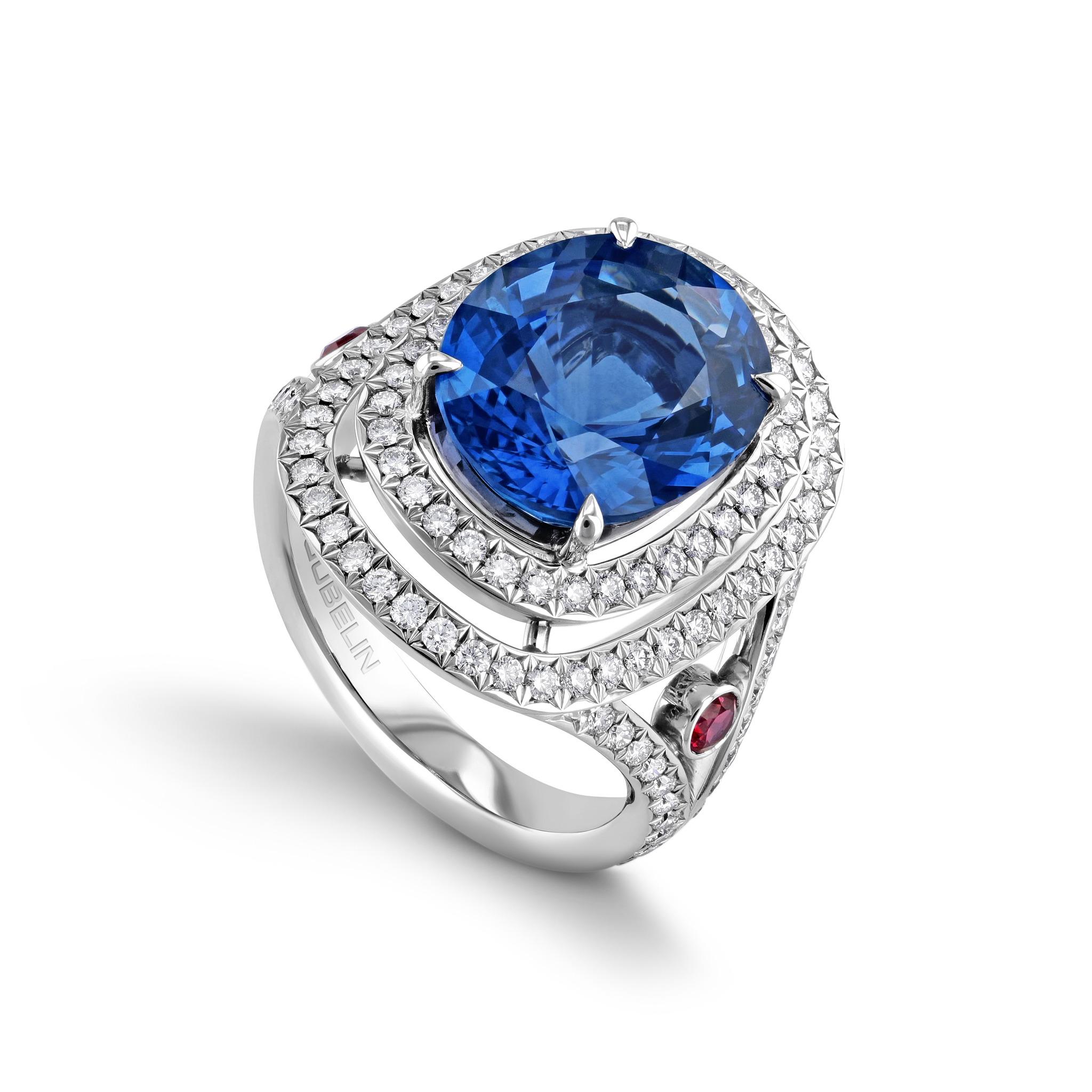 蓝宝石戒指
